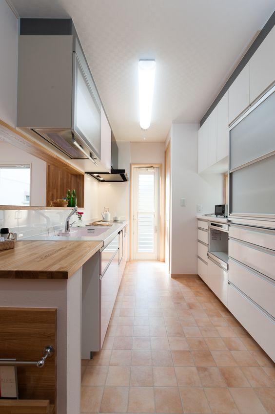 キッチン 床材 クッションフロア イメージ タイル調