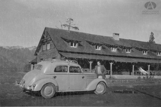 Colección: Nogaré  Denominación: Hostería Ruca Malén  Fotógrafo: S/datos  Año: C. 1955  Color: Blanco y Negro  Ubicación: Lago Correntoso, Camino de los 7 Lagos