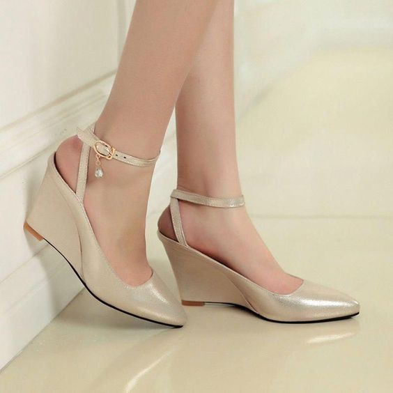 58 Casual Comfy Shoes That Make You Look Cool shoes womenshoes footwear shoestrends