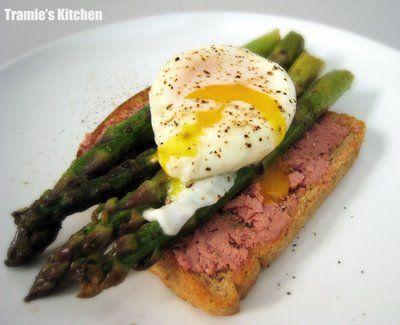 Poached egg & pan-seared asparagus on pâté & toast   Breakfast of ...