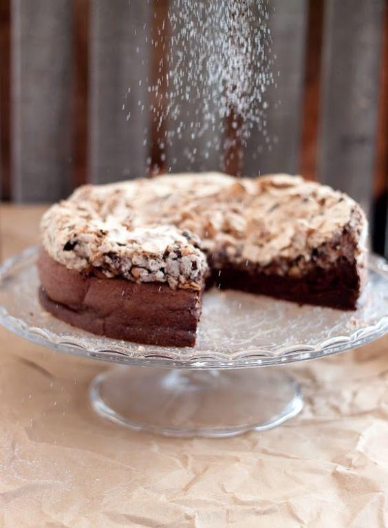 Chocolate and Hazelnut Flourless Cake