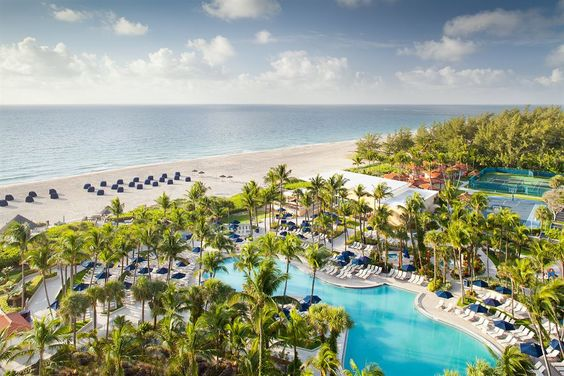 With a stay at Fort Lauderdale Marriott Harbor Beach Resort & Spa in Fort Lauderdale, you'll be convenient to Jungle Queen Riverboat and Port Everglades. This 4-star resort is within close proximity of Bahia Mar Marina and Fort Lauderdale Beach Park. #luxurybeachresorts