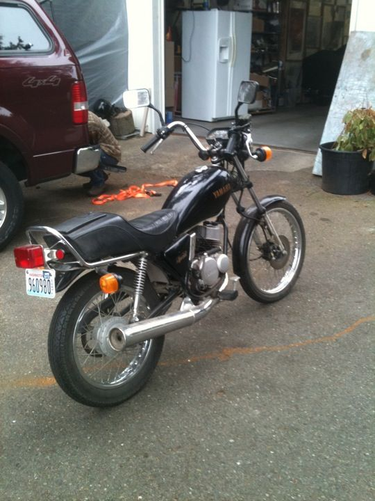 $1600 yamaha bike for sale, great for riding within city limits