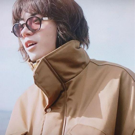 アースカラーがおしゃれな菅田将暉の最新画像