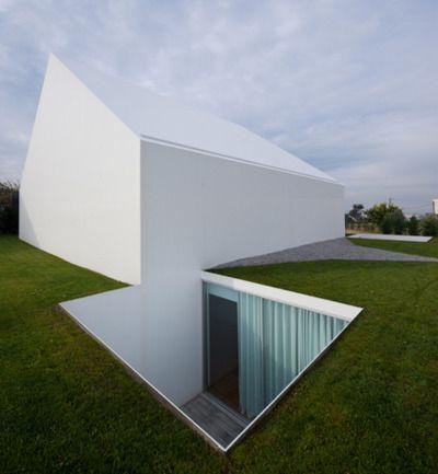 House in Leiria | Aires Mateus | Leiria, Portugal: