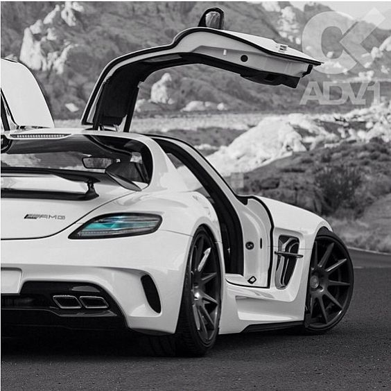 Mercedes SLS AMG features an alternative gullwing door system which is futuristic and would suit a unique design.