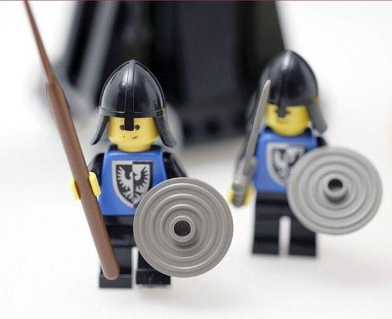 Lego 6030 Katapult + 2 Soldaten in Wetzikon ZH kaufen bei ricardo.ch