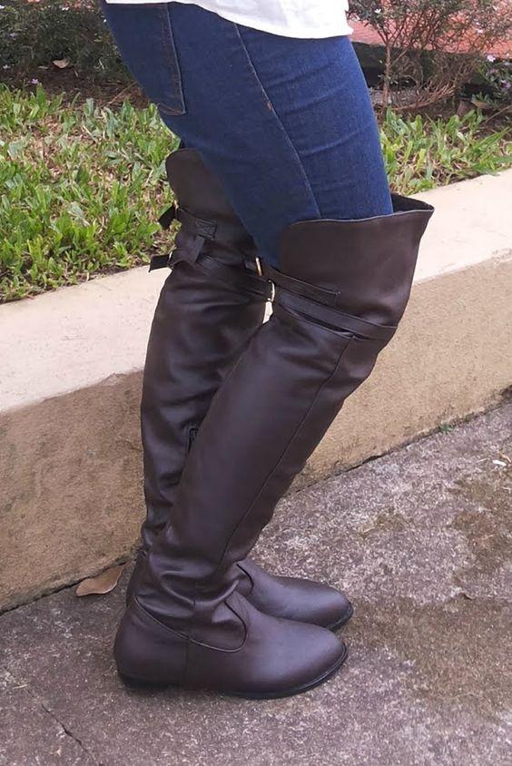 Blog Femina - Modéstia e Elegância: Colete xadrez + botas over the knee