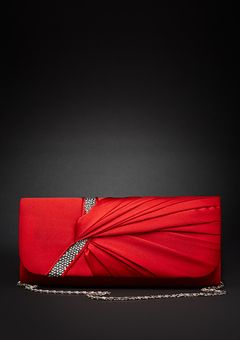 This is an elegant vintage inspired purse.