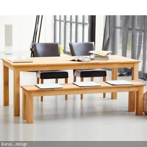 """Der """"Casa"""" Tisch von Jan Kurtz aus massiver Eiche ist durch seine Bauweise robust und pflegeleicht. Er lässt sich gut mit einer Bank und den """"Francesca"""" Polsterstühlen …"""