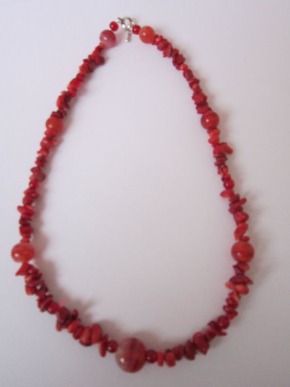 Red Glass Bead Textured Necklace by BeadazzlingButterfly on Etsy, $24.00