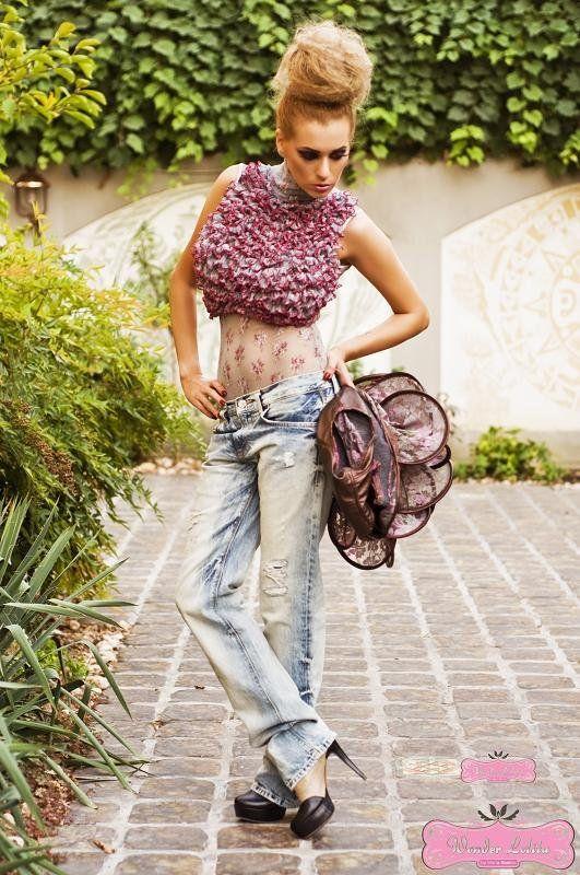 Body dantela elastica  > UNTOLD STORY - FALL-WINTER 2011-2012