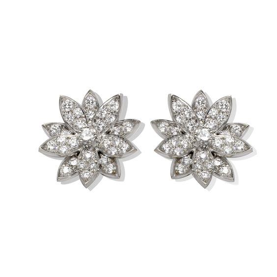 Lotus earrings, small model - VCARN32900- Van Cleef & Arpels
