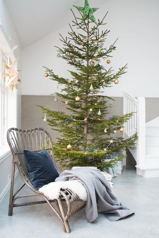 Kuglica za bor - decoupage / ball for Christmas tree - decoupage ...