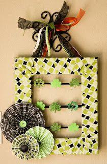 Kaminski's Creations: St. Patrick's Day Wreath! http://kaminskiscreations.blogspot.com/2013/03/st-patricks-day-wreath.html