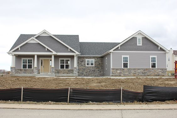 House colors colors and shake on pinterest - Light gray exterior paint colors image ...