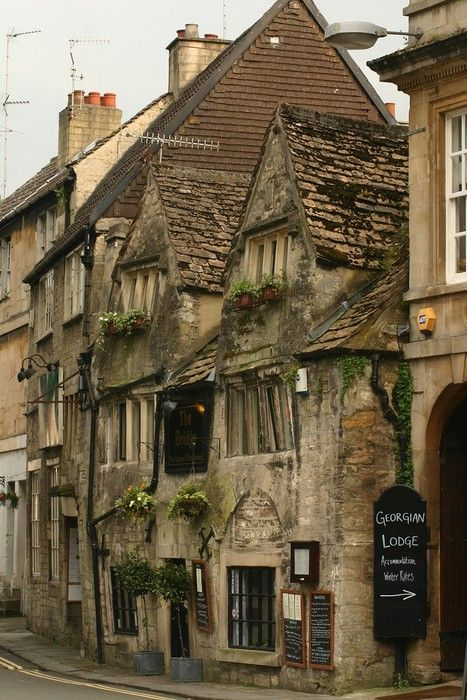 Bradford on Avon, nr Bath,England were Elizabeth and I stayed when we went for a few days, just up the alley where the arrow is pointing.
