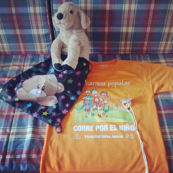 ¡Mañana estaremos en #CorreporelNiño2014! Todo listo, incluida mochilita para mi mascota :) #running #softtoys #peluches #pelucheando