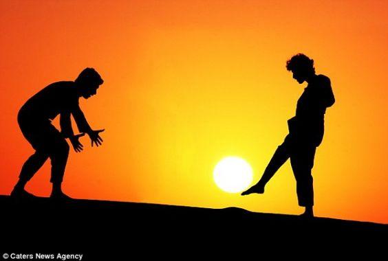 The sun returns with Malek Hammoud Tuwaijri