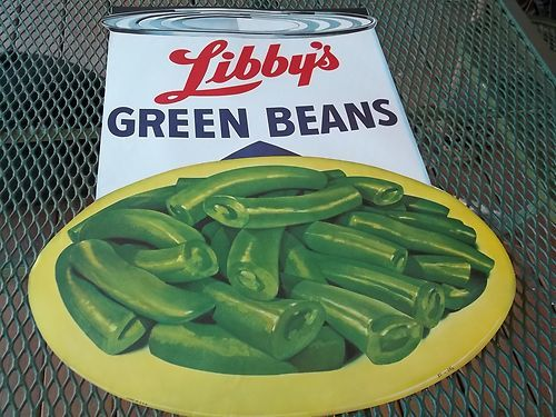 I want this vintage store display/promo quite desperately.  Vintage Libby's Green Beans Paper Advertising Display