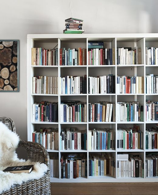 sale retailer 8d565 4e221 A KALLAX unit full of books. | Rafturi in 2019 | Ikea kallax ...
