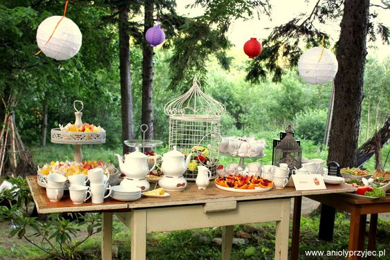 Wedding outdoor, sweet table / Wesele w plenerze, Słodki bufet