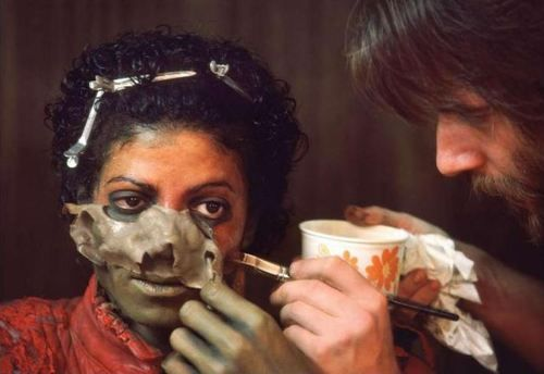 Rick Baker removing Michael Jackson's 'Thriller' makeup.: