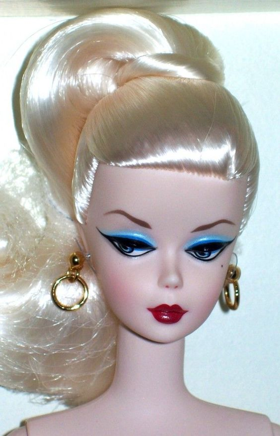 PIN IT BARBIE | Debut Barbie silkstone BFMC | Barbie Collector