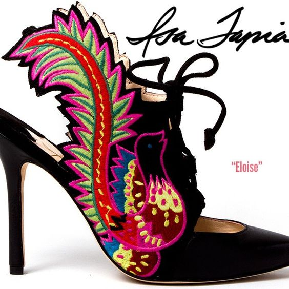 Isa Tapia, a shoe designer based in New York City, is focused on making feminine shoes that are bold, colorful, and have a point of view. @isatapia
