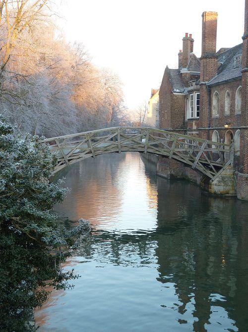Mathematical Bridge, Cambridge University,  Helen Hartley