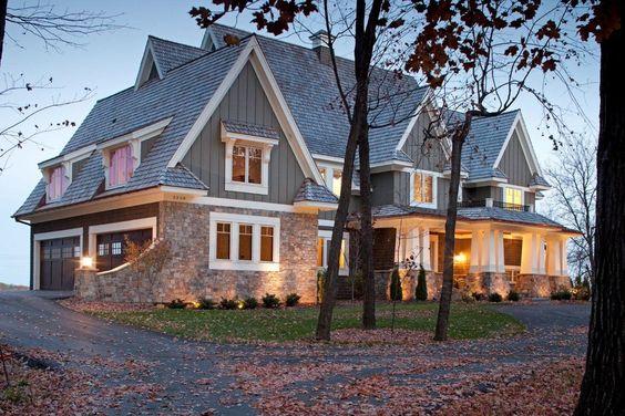 Exterior - traditional - exterior - minneapolis - Stonewood, LLC Garage avec portes sur le côté