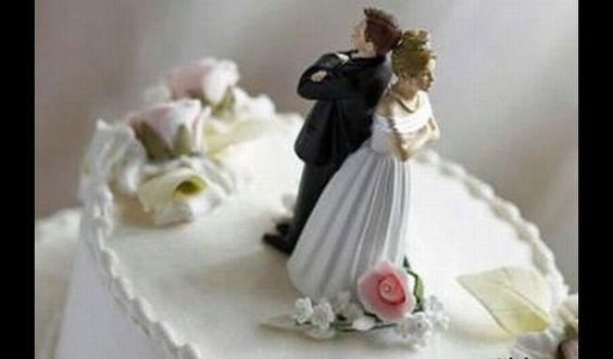 """Divorzio e separazione, la Cassazione """"Addio al mantenimento della moglie"""" - http://www.sostenitori.info/divorzio-separazione-la-cassazione-addio-al-mantenimento-della-moglie/238636"""