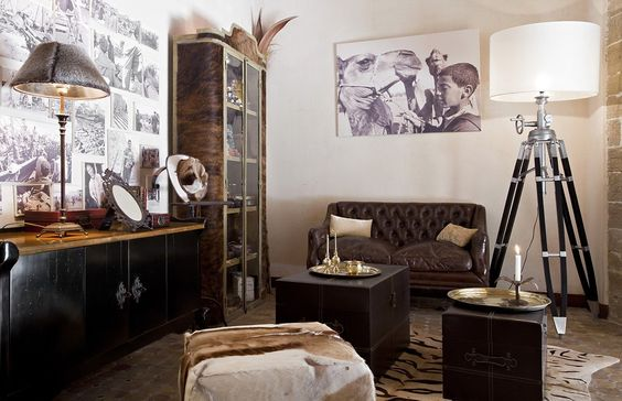 HOME Wall decor photos & paintings