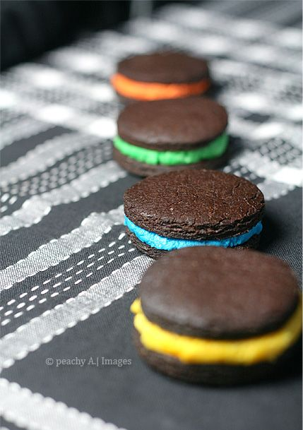 Homemade oreo cookies, Homemade oreos and Peach kitchen on Pinterest