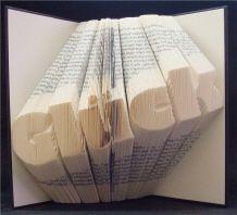 Orimoto - Buchseiten zu Schrift gefaltet