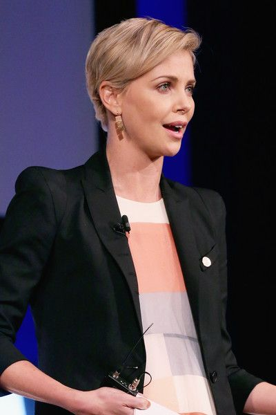 Charlize Theron Lookbook: Charlize Theron wearing Side Parted Straight Cut (1 of 26). Charlize Theron looked breezy with her short, side-parted 'do at the 2015 Social Good Summit.