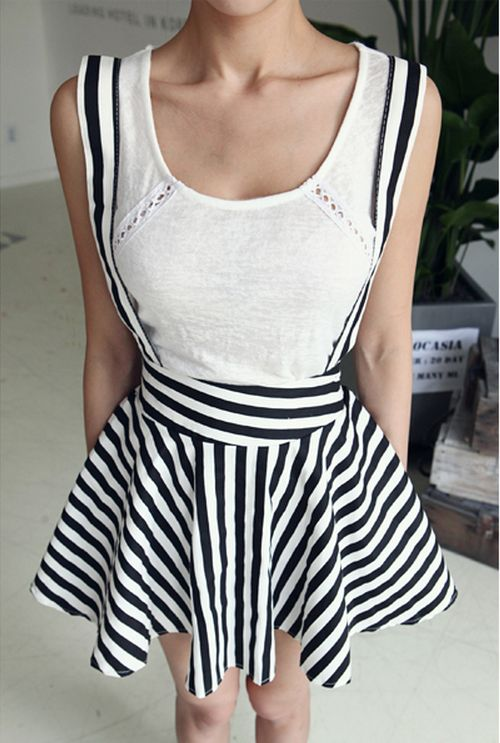 [Dabagirl] Patterned Circle Skirt with Suspenders . http://www.beautychatters.com/women-dresses-with-80-discount/