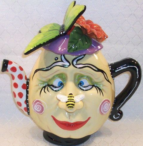 "#74D2 Mrs Face Teapot, 11""H"