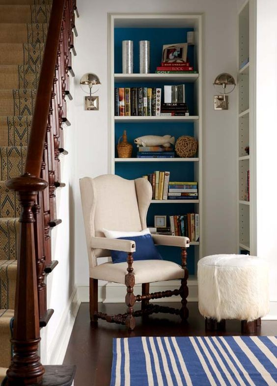 accent color in bookcase