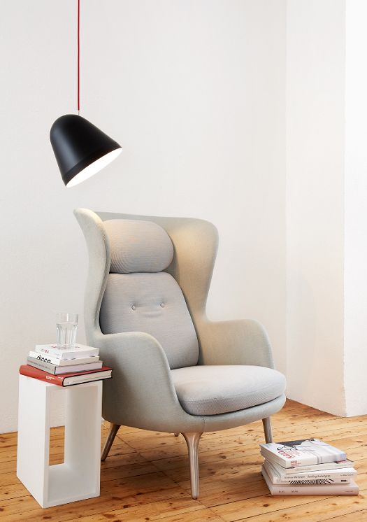 lampe and chair