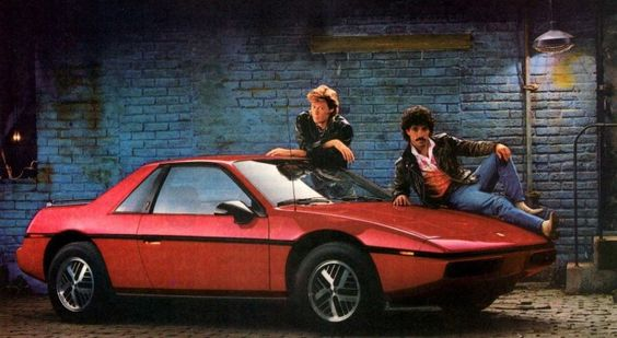 Pontiac Fiero ad with Hall & Oates - everything about this is kick ass