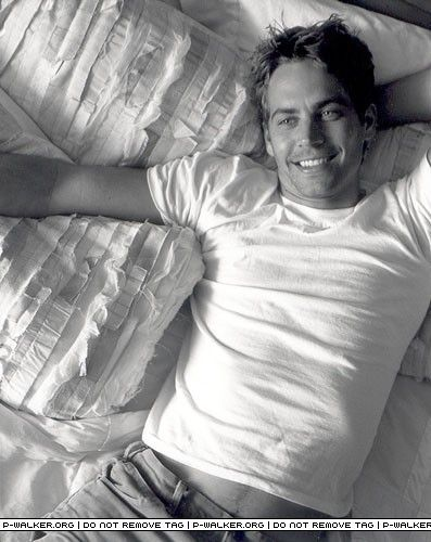 If you wake up every morning or before going to sleep at night with this Hot man beside you, what would you do? OMG, RIP  Paul..