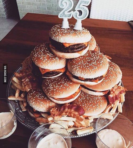 "A perfect #birthday ""#cake"". #9gag #burguers #curiosties"