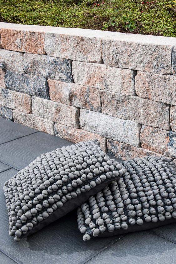 Mauerstein Siola Medio 42 X 21 X 12 5 Cm In 2020 Gartenmauer Stein Mauer Mauerstein