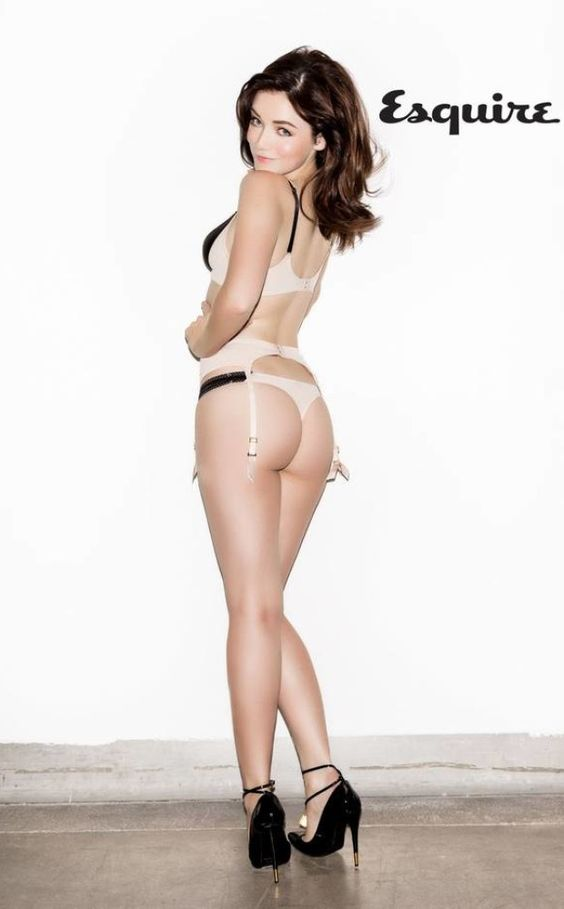 Model: Sarah Bolger