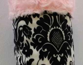 Damask Black and White with Pink Rosette Minky Blanket