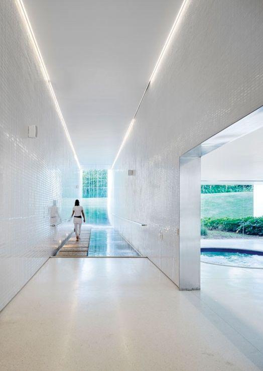 Fazanao Boa Vista Hotel in Brazil by Isay Weinfield
