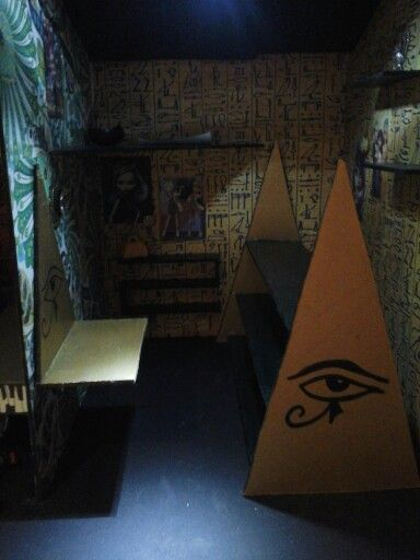 Chambre Monster High inspiration Cléo de Nil
