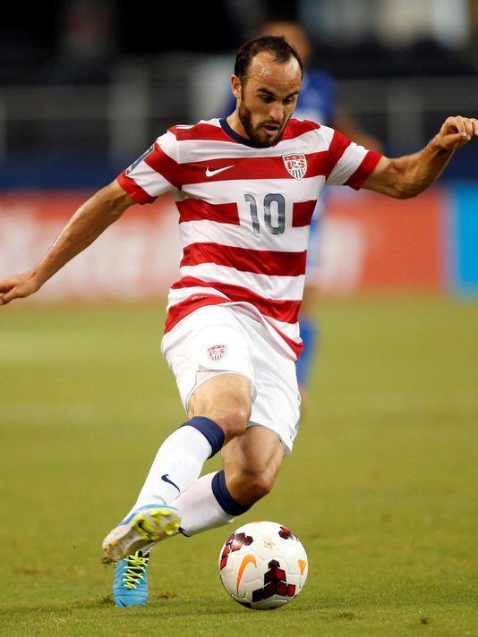 Landon Donovan -Gold-Cup-USA-vs-Honduras