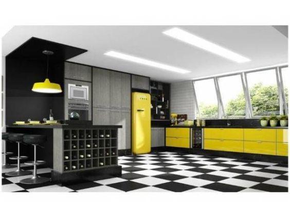 cozinha preta, branca e amarela